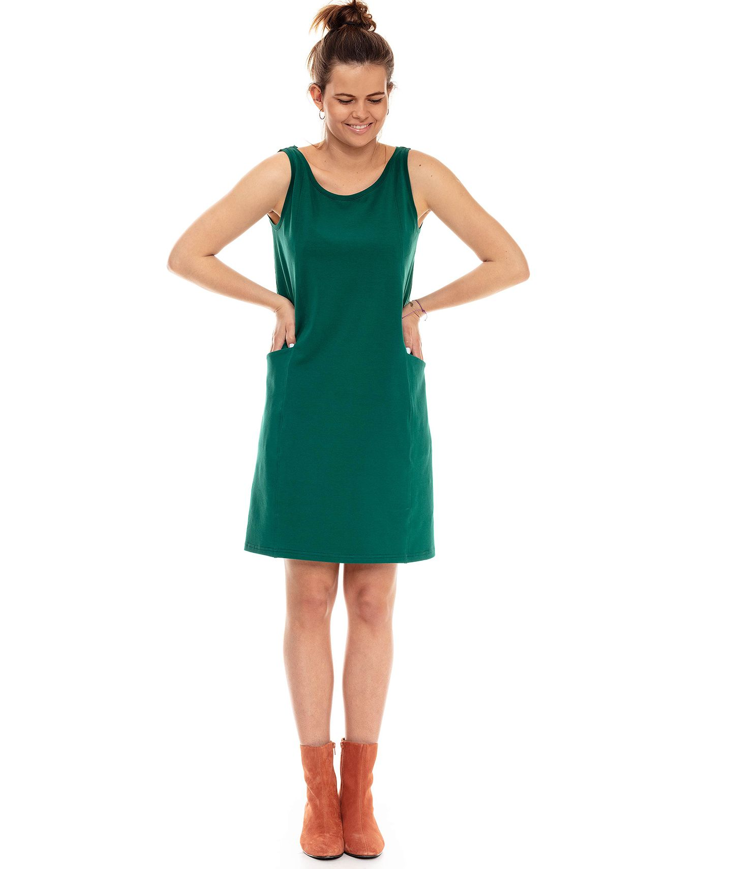 552552e9 sukienka GAJA DRESS